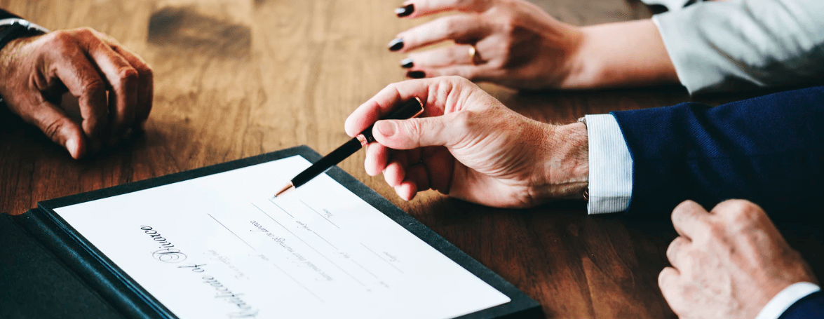 Contracts, Personal Guarantees and Directors' Liability